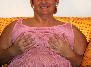 in rosa Dessous. Teil 1. Diese gebrauchten Dessous kannst du kaufen. Mail genügt. ------------------------------------------------------------------------------------------------- in pink lingerie. Part 1 These you can buy used underwear. Mail will suffice.