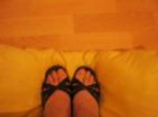 Hier ein paar Bilder meiner Füße im Wasser und hohen Schuhen