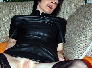 Sexy Bilder im Leder Outfit