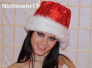Na, wie gefalle ich Dir im Nikolauskostüm? Kisses Sofie! Nichtmehr17 ... weil geil sein einfach Spass machen soll!