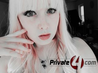 Profilfoto von little_sub_eve