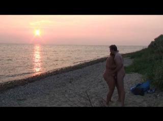 """Vorschaubild vom Privatporno mit dem Titel """"Am Ostseestrand geblasen..."""""""
