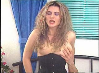 """Vorschaubild vom Privatporno mit dem Titel """"Mein Kumpel ist geil auf meine Frau"""""""