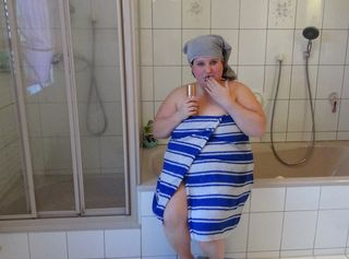 """Vorschaubild vom Privatporno mit dem Titel """"Ohjee ein Spanner unterwegs"""""""