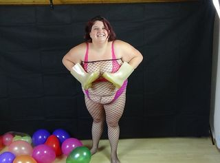 """Vorschaubild vom Privatporno mit dem Titel """"Bunt und Schrill auch der Looner /Ballon gehört zu meinen Fantasien"""""""