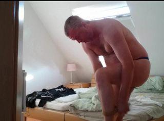 """Vorschaubild vom Privatporno mit dem Titel """"FSH anziehen: Guten Morgen ** Urlaub 2016 **"""""""