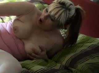 """Vorschaubild vom Privatporno mit dem Titel """"Wie soll ich mein Loch nur satt bekommen??"""""""