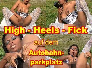 """Vorschaubild vom Privatporno mit dem Titel """"High-Heels-Fick auf dem Autobahnparkplatz"""""""