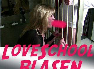 """Vorschaubild vom Privatporno mit dem Titel """"LOVESCHOOL BLASEN"""""""