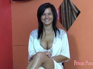 """Vorschaubild vom Privatporno mit dem Titel """"Porno-Casting mit dem Model Nikita - Teil 1 von 3"""""""