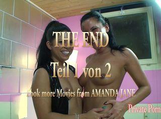 """Vorschaubild vom Privatporno mit dem Titel """"2 Bi-Girls laden 5 Kollegen zur Fickparty ein - Teil 2 von 2"""""""