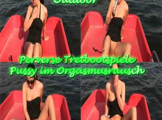 """Vorschaubild vom Privatporno mit dem Titel """"Perverse Tretbotspiele"""""""