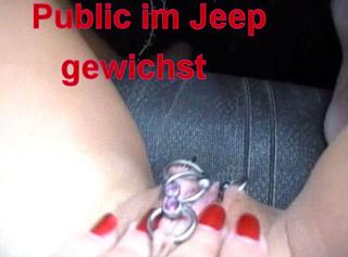 """Vorschaubild vom Privatporno mit dem Titel """"Public im Jeep gewichst!"""""""