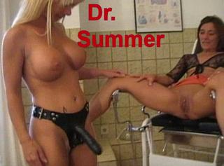 """Vorschaubild vom Privatporno mit dem Titel """"Dr Summer"""""""
