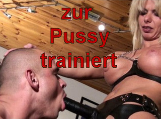 """Vorschaubild vom Privatporno mit dem Titel """"zur Pussy trainiert!"""""""