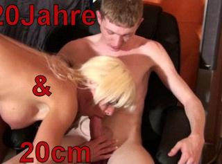 """Vorschaubild vom Privatporno mit dem Titel """"20Jahre und 20cm!"""""""