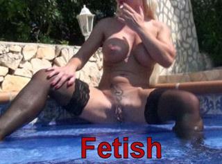 """Vorschaubild vom Privatporno mit dem Titel """"Fetish im Pool!"""""""