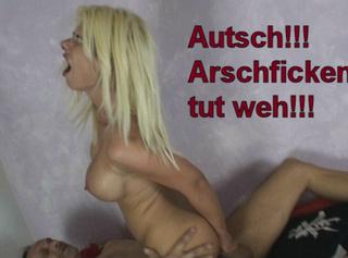 """Vorschaubild vom Privatporno mit dem Titel """"Autsch, Arschficken tut weh!"""""""