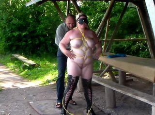 """Vorschaubild vom Privatporno mit dem Titel """"Bondage mit devoter Teeny-Schlampe 2"""""""