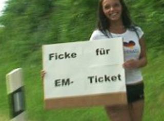 """Vorschaubild vom Privatporno mit dem Titel """"Ficke für EM-Ticket"""""""