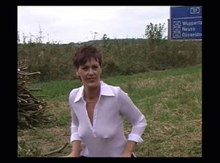 """Vorschaubild vom Privatporno mit dem Titel """"Gesichtsbesamung an der Autobahn"""""""