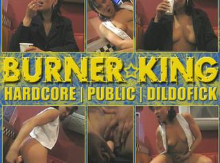 "Vorschaubild vom Privatporno mit dem Titel ""PUBLIC BURNER KING | Hardcore Public Dildofick"""