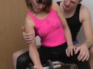 """Vorschaubild vom Privatporno mit dem Titel """"Bodycheck vom FitnessCoach"""""""