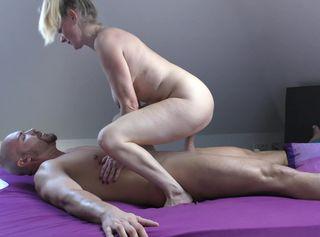"""Vorschaubild vom Privatporno mit dem Titel """"Spieß mich auf! Mr. Big Fat Dick!"""""""