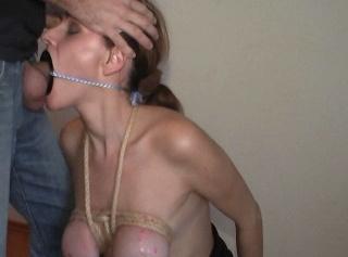 """Vorschaubild vom Privatporno mit dem Titel """"Titten Training Pt6 - Deepthroat Ring"""""""