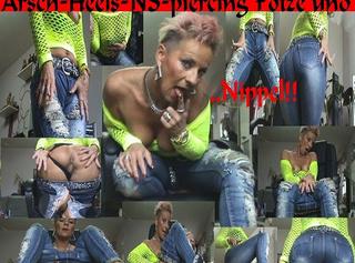 """Vorschaubild vom Privatporno mit dem Titel """"Krass-Jeans-Fetisch!Arsch-NS-Heels und..."""""""