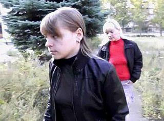 """Vorschaubild vom Privatporno mit dem Titel """"Studentin Elena bläst im Abrissgelände"""""""