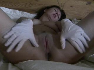 """Vorschaubild vom Privatporno mit dem Titel """"ich wixx mich mit Latexhandschuhen"""""""