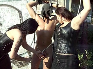 """Vorschaubild vom Privatporno mit dem Titel """"Häschen in der Grube"""""""