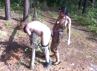 """Vorschaubild vom Privatporno mit dem Titel """"Fuck For(ced) Forest"""""""