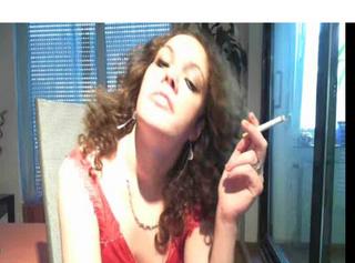 """Vorschaubild vom Privatporno mit dem Titel """"lady svenja raucht"""""""