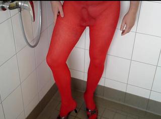 """Vorschaubild vom Privatporno mit dem Titel """"Die ROTE Feinstrumpfhose (NS Spaß für einen FAN)"""""""