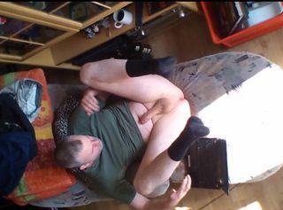 """Vorschaubild vom Privatporno mit dem Titel """"Super GEIL beim Porno schauen"""""""