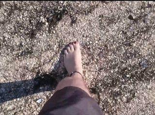 """Vorschaubild vom Privatporno mit dem Titel """"Barfuß am Nordsee Strand ** Urlaub 2016 **"""""""