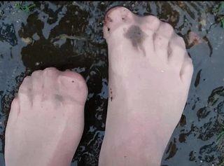 """Vorschaubild vom Privatporno mit dem Titel """"Plitsch Platsch nasse Nylonfüsse ** FSH Outdoor **"""""""