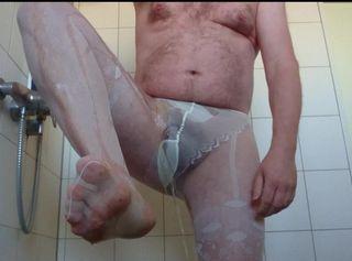 """Vorschaubild vom Privatporno mit dem Titel """"Pissen in weißer Feinstrumpfhose 1 ** FAN Video 6 **"""""""