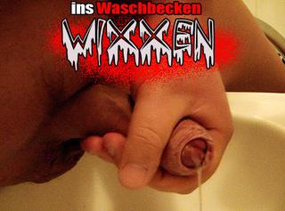 """Vorschaubild vom Privatporno mit dem Titel """"kurzer Wichs ins Waschbecken ..."""""""