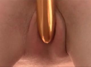 """Vorschaubild vom Privatporno mit dem Titel """"Gold & Geil"""""""
