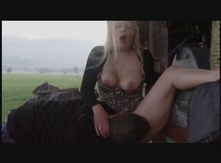 """Vorschaubild vom Privatporno mit dem Titel """"Fotze ausgeleckt am Hänger (Ton+HD)"""""""