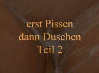 """Vorschaubild vom Privatporno mit dem Titel """"erst pissen dann duschen 2"""""""