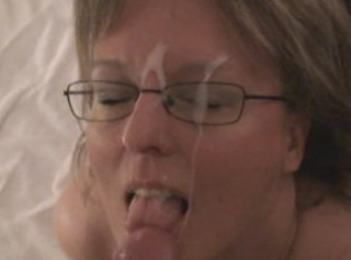 """Vorschaubild vom Privatporno mit dem Titel """"Cumshot beim Schwanz blasen!"""""""