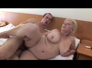 """Vorschaubild vom Privatporno mit dem Titel """"Die blonde Schlampe..."""""""