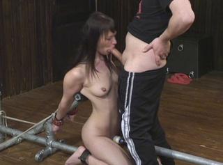"""Vorschaubild vom Privatporno mit dem Titel """"Bondage Blowjob"""""""
