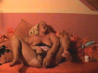 """Vorschaubild vom Privatporno mit dem Titel """"geiler Dirty Talk Orgasmus"""""""