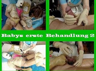 """Vorschaubild vom Privatporno mit dem Titel """"Babys erste Behandlung 2"""""""