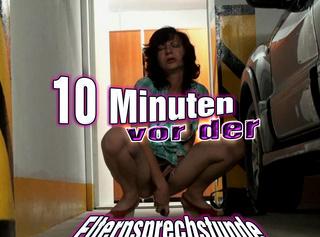 """Vorschaubild vom Privatporno mit dem Titel """"10 Minuten vor der Elternsprechstunde!!"""""""